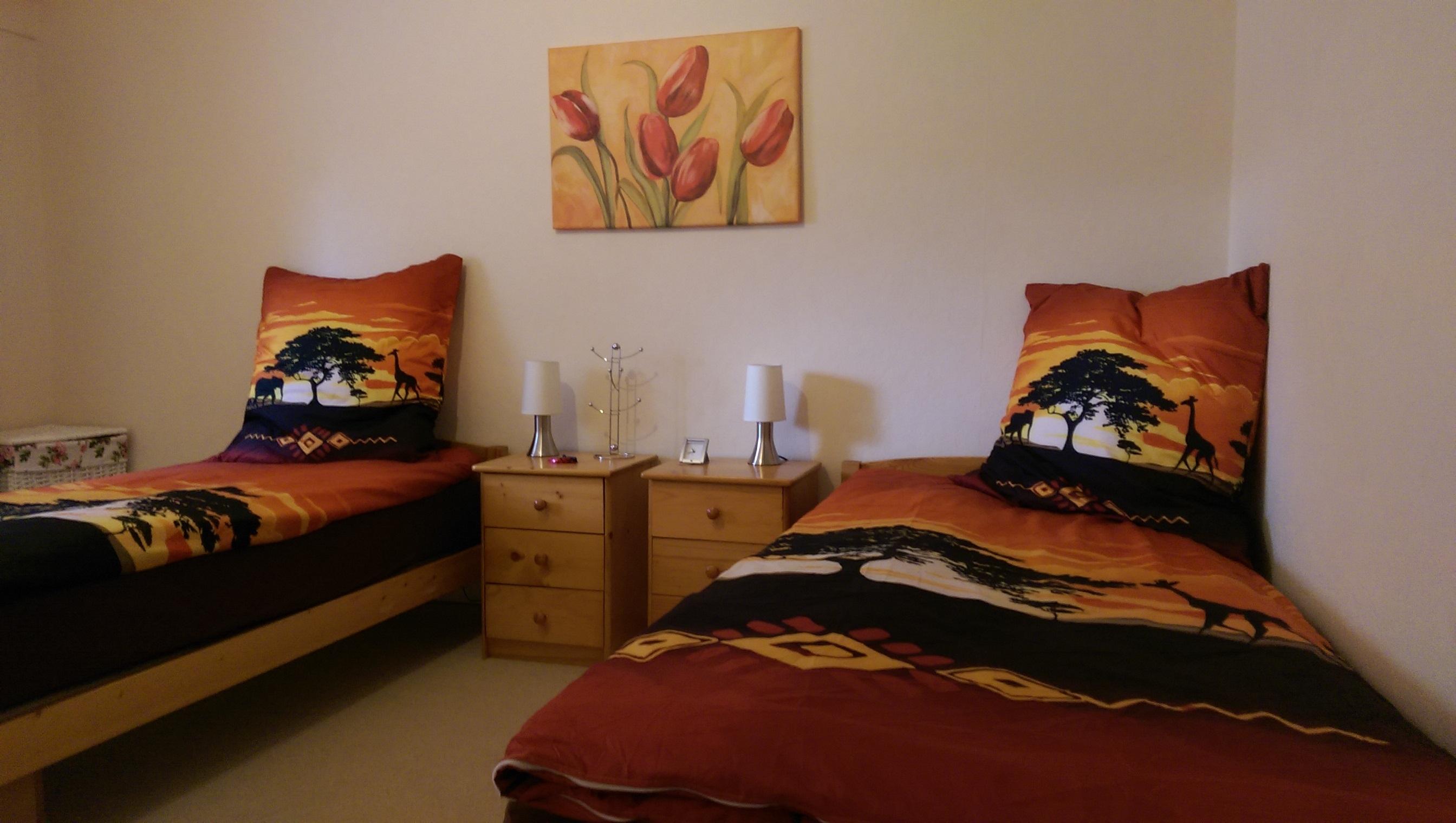 ferienwohnung im gr nen. Black Bedroom Furniture Sets. Home Design Ideas